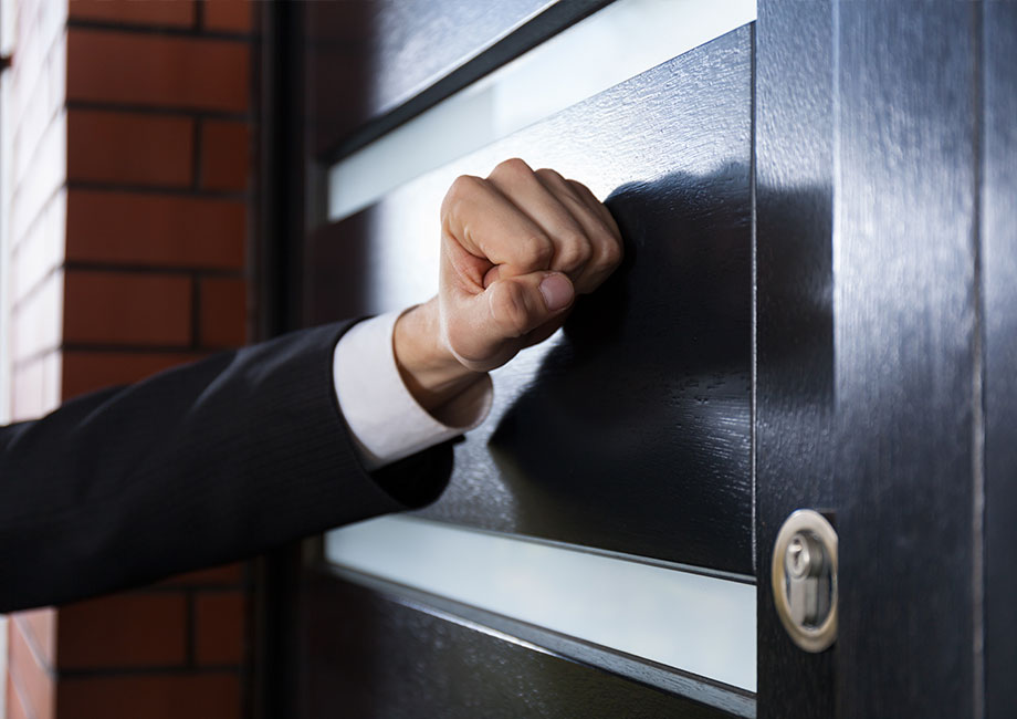 Banning Door to Door Sales Gains Momentum
